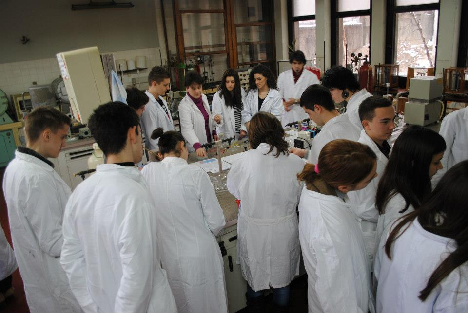 Studenti Fakulteta za fizičku hemiju