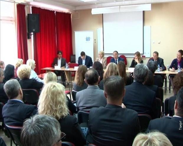 Šarčević: Plan upisa u srednje škole biće više orijentisan na IT sektor
