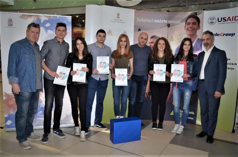 Učenička kompanija iz Prijepolja pobedila na regionalnom takmičenju