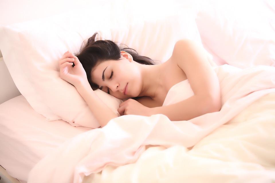 Kreativni ljudi spavaju duže, ali nekvalitetnije