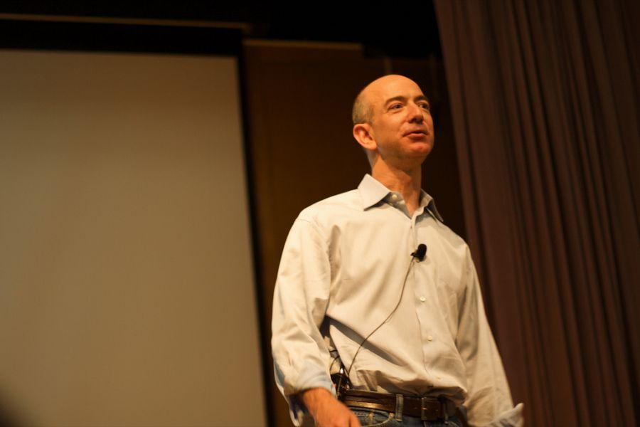 Džef Bezos daje 33 miliona dolara za školovanje imigranata u SAD