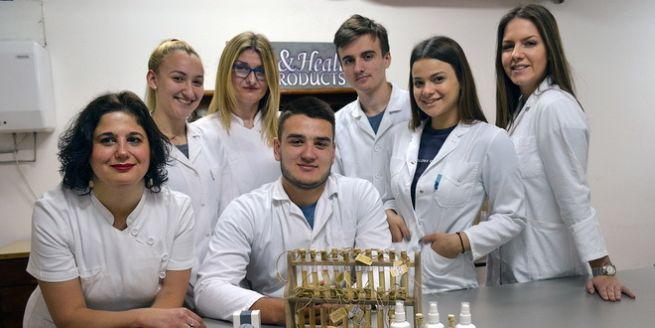 Medicinska firma - učenici