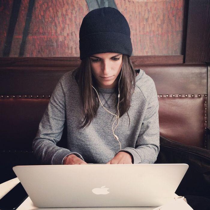Najbolji đaci koriste internet sat i po vremena dnevno