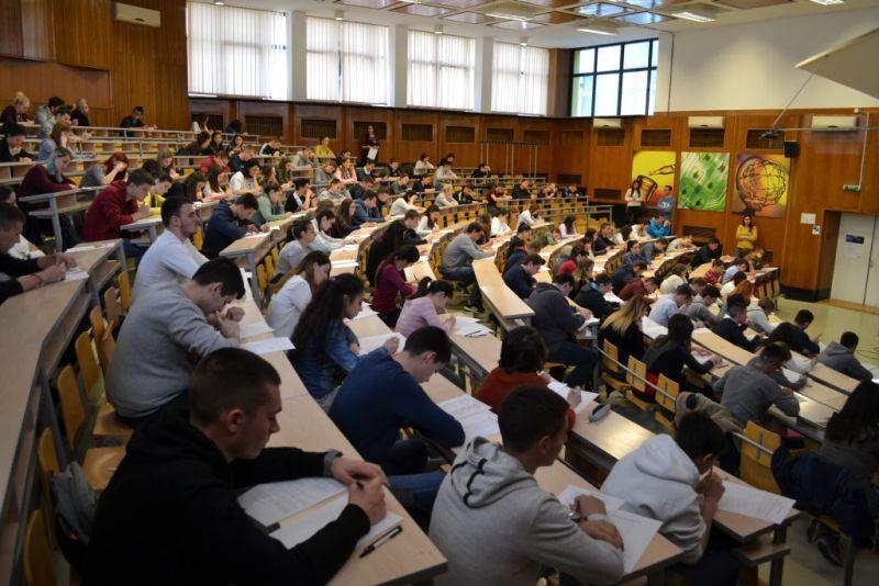 Na fakultetima više mesta nego srednjoškolaca