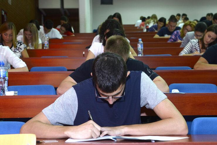 Znate li odgovor na bar 10 pitanja ubedljivo najtežeg testa za upis na fakultet